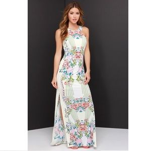 LIKE NEW! Lulu's Tropical Mirror Print Maxi Dress